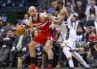 Middleton aleja todavía más a los Wizards de los playoffs