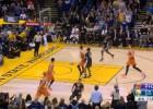El último desfase de Curry: se gira con el balón aún en el aire