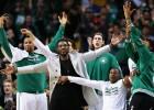 Isaiah Thomas brilla y Stevens sigue mejorando a los Celtics