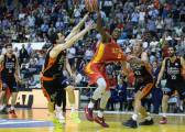El UCAM se gusta y aplasta a un irreconocible Valencia Basket