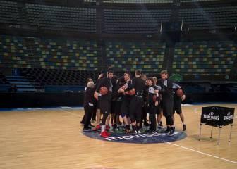 El Bilbao se entrena al son del 'Miudiño' antes del Obradorio