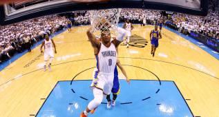Westbrook y su barbaridad no vista en Playoffs en 47 años