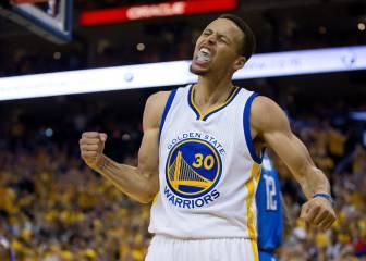 Curry encendió a la grada con magia: