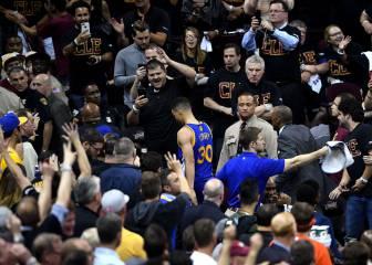 Curry es multado con 25.000 dólares, pero jugará el 7º