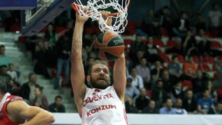 El Baloncesto Sevilla ficha al pívot croata Luka Zoric