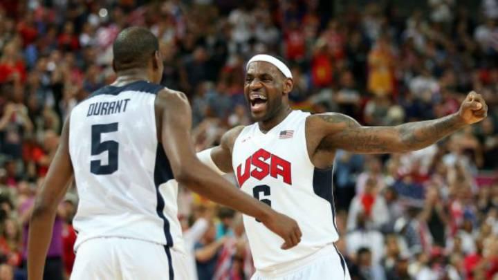 """LeBron, sobre Durant-Warriors: """"Es genial para la NBA"""""""
