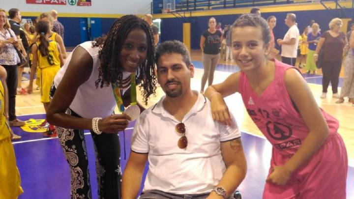 Homenaje en Gran Canaria a la plata olímpica Astou Ndour