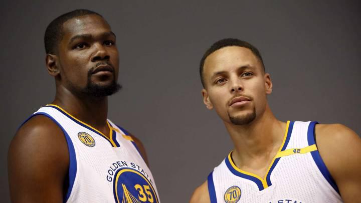 Las superestrellas NBA, en tres niveles: Curry, Harden e Irving