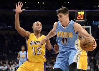 Juancho brilla y Denver gana a los Lakers de Calderón