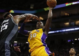Los 'Baby Lakers' emocionan: remontada de 19 puntos y 5-4