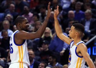 Curry y Durant meten 65 puntos y se imponen a DeRozan (34)