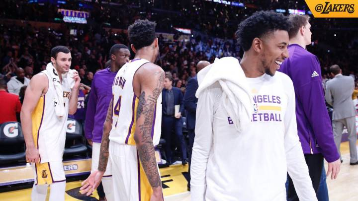 Larry Nance, Brandon Igram y Nick Young.