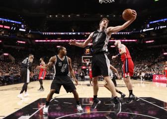 Pau Gasol (19+10) mejora y los Spurs acechan a los Warriors