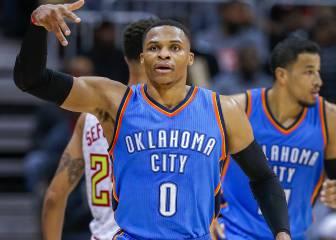 Westbrook, a 3 triples-dobles del récord de Chamberlain