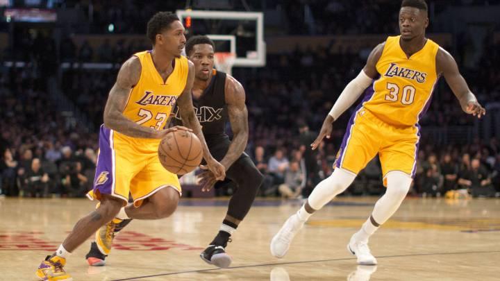 Lou Williams se sale (35) otra vez pero los \'baby Lakers\' se hunden