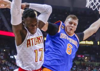 Rose y Porzingis castigan a su equipo; triunfo de los Hawks