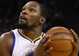 Durant firma su primer triple-doble (19+11+10) como 'warrior'