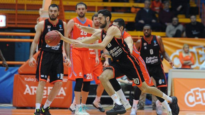 Joan Sastre, durante el partido entre el Cedevita y el Valencia.