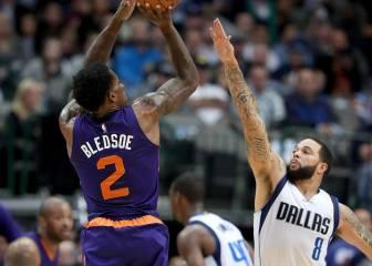 Booker y Bledsoe se llevan el duelo en Dallas