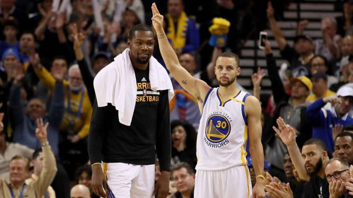Kevin Durant y Stephen Curry.