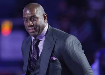 Los Lakers entregan su futuro deportivo a Magic Johnson