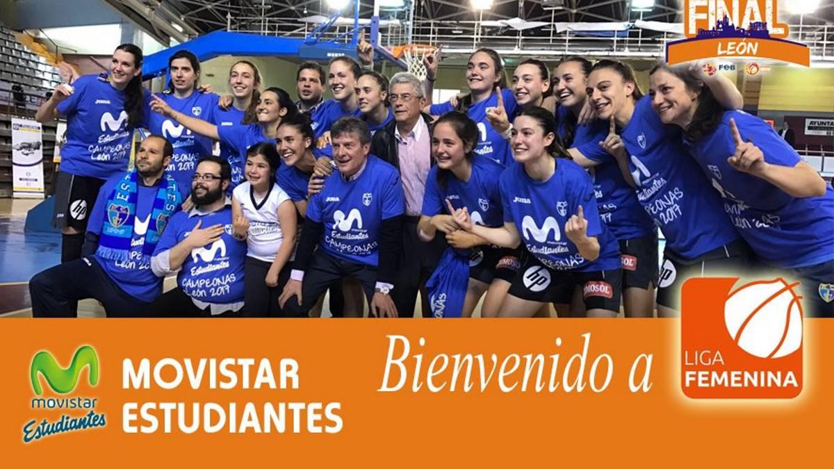 Las jugadoras del Movistar Estudiantes celebran el ascenso a Liga Femenina 1.