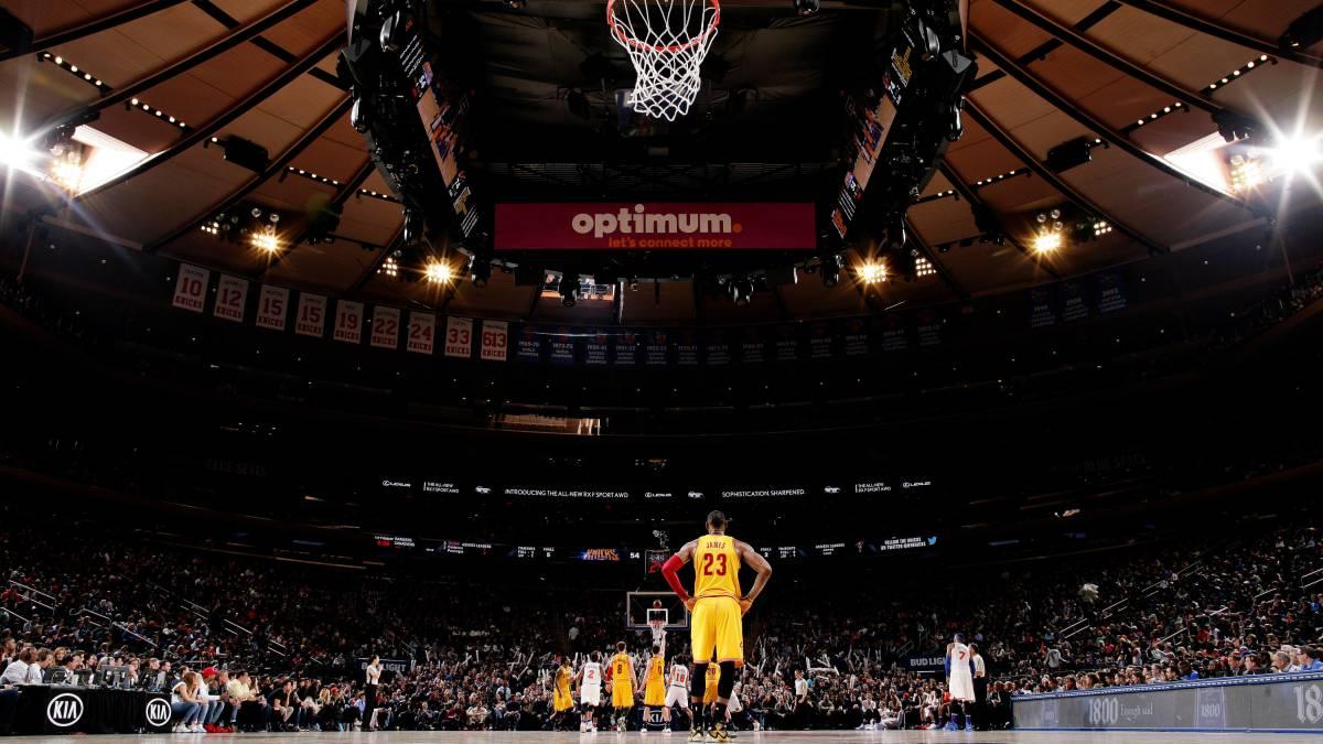 LeBron lidera remontada en Nueva York