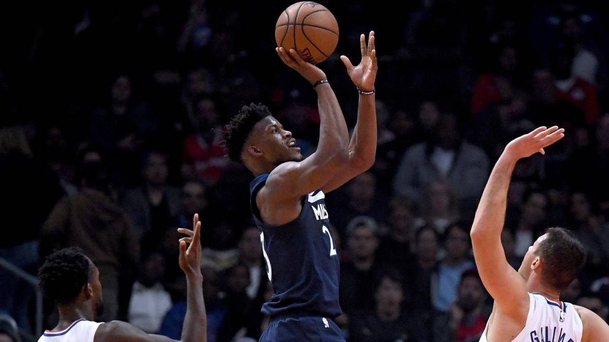 Jimmy Butler lanza contra Los Angeles Clippers