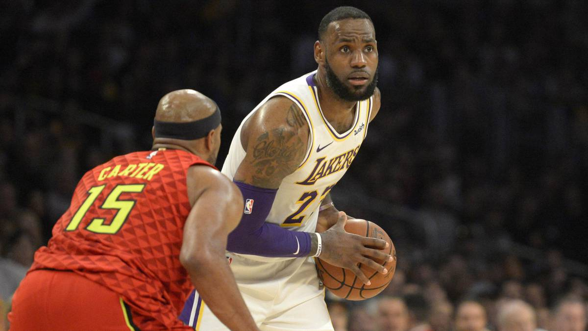 LeBron James decide con mate tercer triunfo consecutivo de Lakers