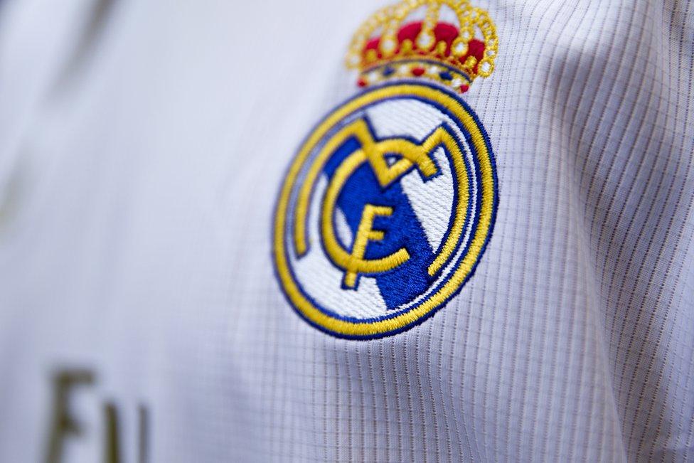 Descubre qué jugadores de la mejor liga de baloncesto del mundo son seguidores del Real Madrid y, cuáles lo son del FC Barcelona. A continuación, los jugadores que apoyan al Real Madrid.