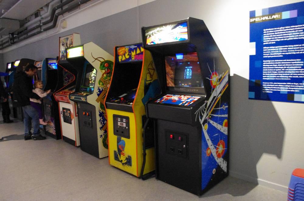 Marcianitos Mas De 600 Juegos Arcade Para Revivir Tus Tardes En