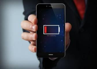 Cómo gastar menos batería y datos del móvil al usar Facebook y Twitter
