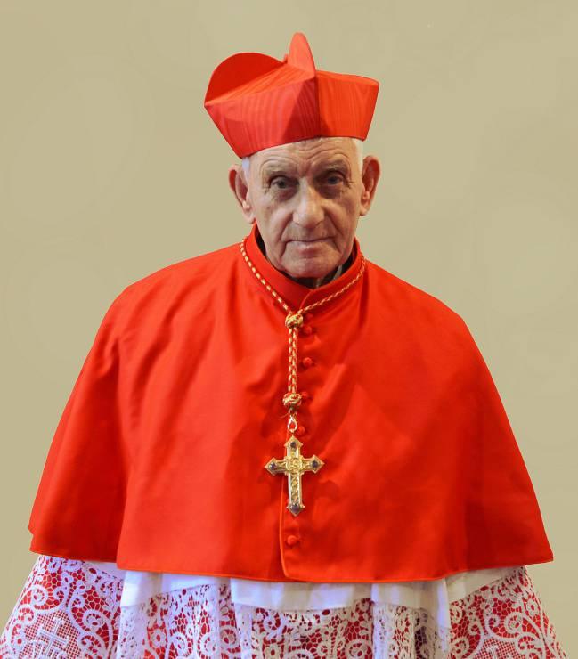 Furor por los cursos que da el Vaticano para exorcizar