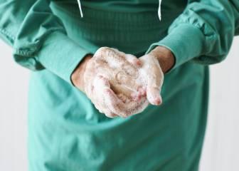 Lávate las manos como un médico: 6 pasos para reducir al máximo las bacterias