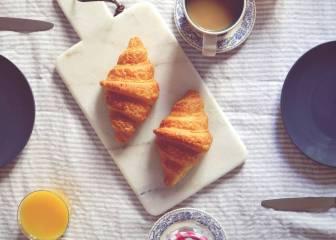 Comparativa: ¿Qué desayuno es más saludable y completo?