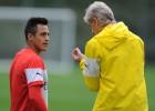 Wenger no está convencido de hacer jugar a Alexis Sánchez