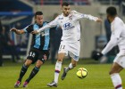 Marsella de Isla iguala ante Lyon y se enreda en la Ligue 1