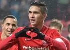 Gutiérrez anota y es figura en importante triunfo del Twente