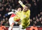 Arsenal y Alexis se alejan del líder tras empatar como local