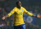 Robinho firma por Atlético Mineiro y amenaza a Colo Colo