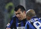 Gary Medel salió lesionado en dura derrota ante la Juventus