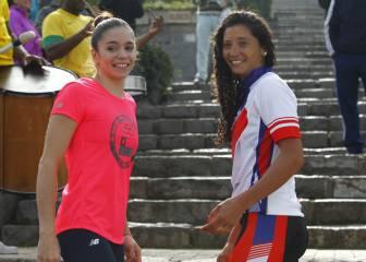 Massú y González entregan la llama olímpica