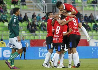 Huachipato sigue en alza y complica a Santiago Wanderers
