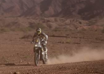 Quintanilla queda líder del Dakar tras castigo a Barreda