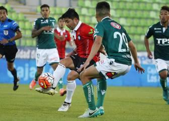 Colo Colo manifiesta interés por volante de Huachipato