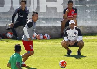 Esteban Paredes deja atrás lesión y reaparece sorpresivamente