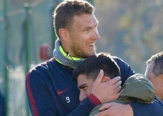 David Pizarro se reencuentra con ex compañeros en Roma
