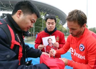 La Roja prepara la final de la China Cup ante Islandia