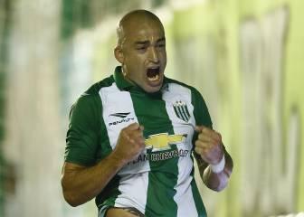 Santiago Silva ya sabe lo que es amargar a Colo Colo y la U