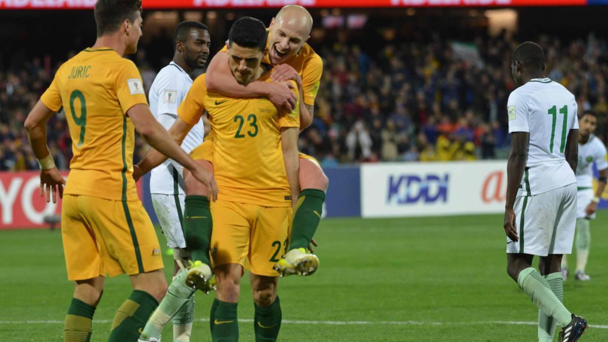 Selección de Arabia Saudita no respeta minuto de silencio